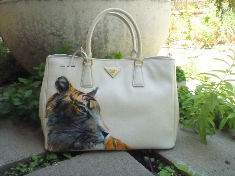 tiger on prada-full