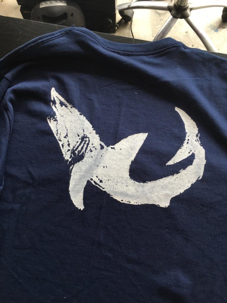 shark-t-shirt